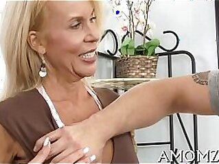 jav  jizz  ,  mature  ,  MILF   porn movies