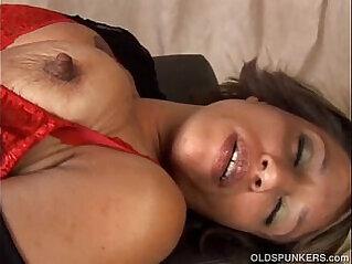 jav  lady  ,  mature  ,  old   porn movies